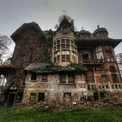 Escape-Abandoned-Manor